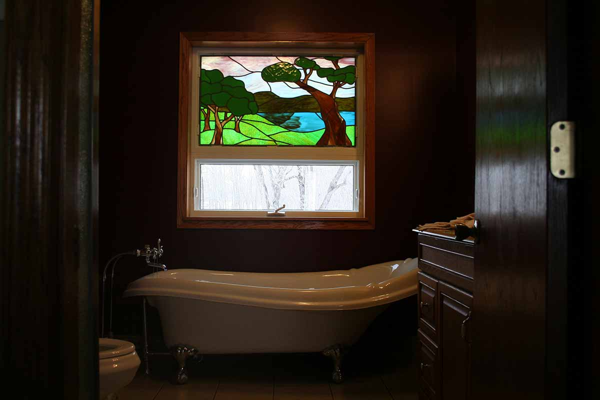 Bathroom-Stained-Glass-Window---Kellogg,-MN