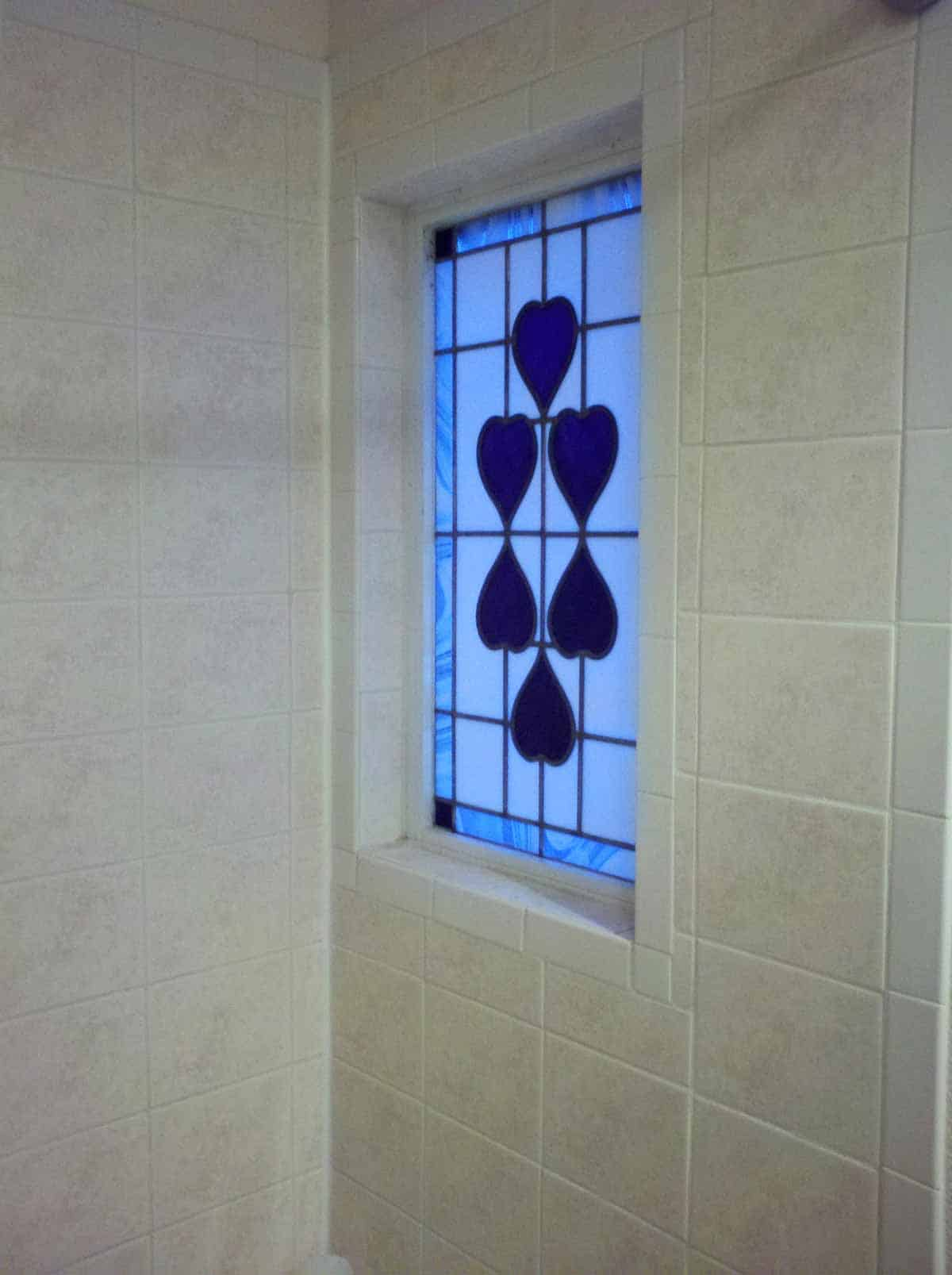 Bathroon-Stained-Glass-Window---Winona,-MN